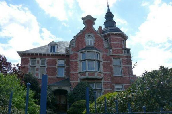 Kasteel kopen belgie for Huizen te koop belgie